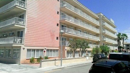 Hotel Sant Jordi: more quit rooms
