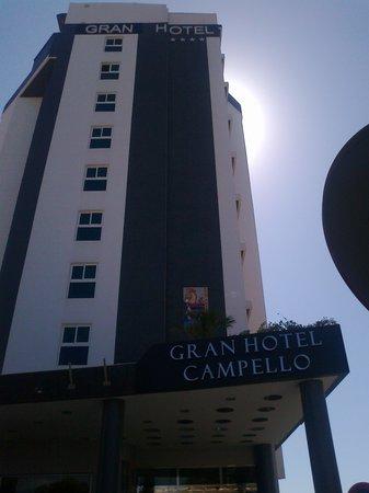 Hotel La Familia Gallo Rojo: gran hotel