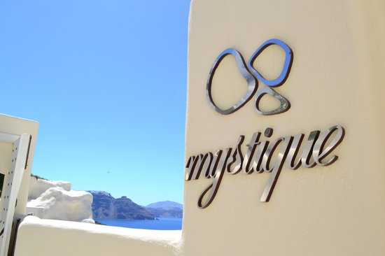 Mystique Luxury Collection Hotel: Mystique Entrance
