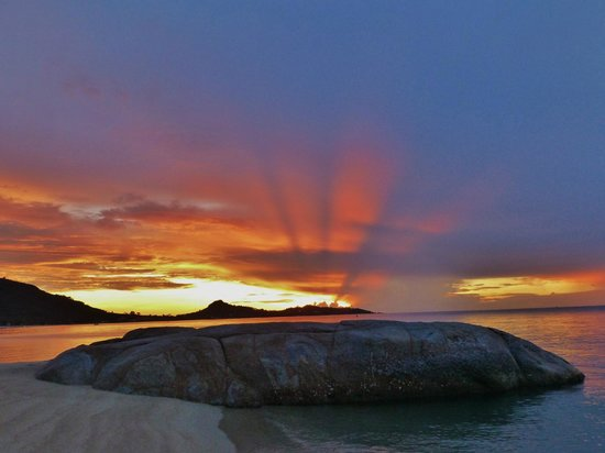 Sunrise at Lamai Beach