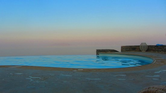 Als Marmarei: The infinity pool in the afternoon: a dive after the beach