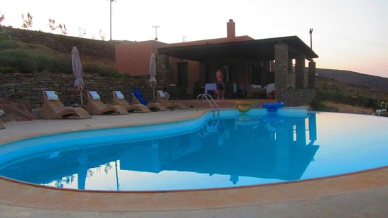 Als Marmarei: Pool, after the breakfast