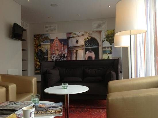 Hotel Finn: lobby