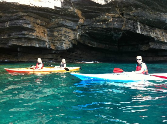 Windsurf & Kayak - Day Excursions & Rentals