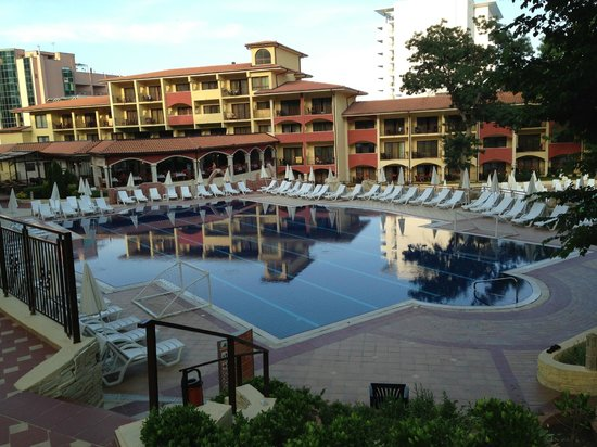 Grifid Hotels Club Hotel Bolero: The upper poolarea