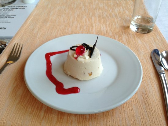 Grifid Hotels Club Hotel Bolero: Dessert at the Grill Restaurant