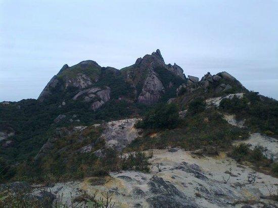 Shaoguan Yunji Mountain: 1380m付近