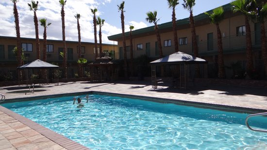 Stagecoach Hotel and Casino: piscine