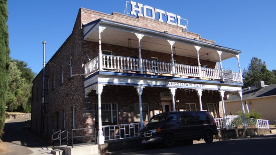 Miner's Motel: la ville