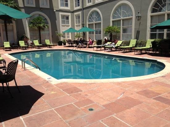 Bourbon Orleans Hotel: Salt water pool