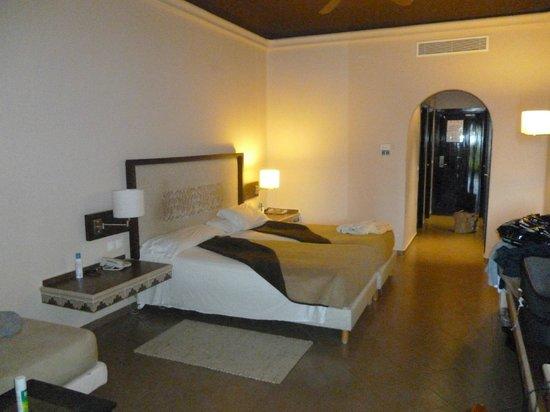 ClubHotel Riu Tikida Palmeraie: the bedroom - block 2 lower floor