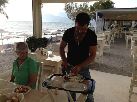 Kalamaki, Greece: Dimitris & Nikos always help ..........