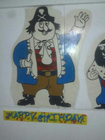 The Jolly Pirate Bar: jolly pugwash
