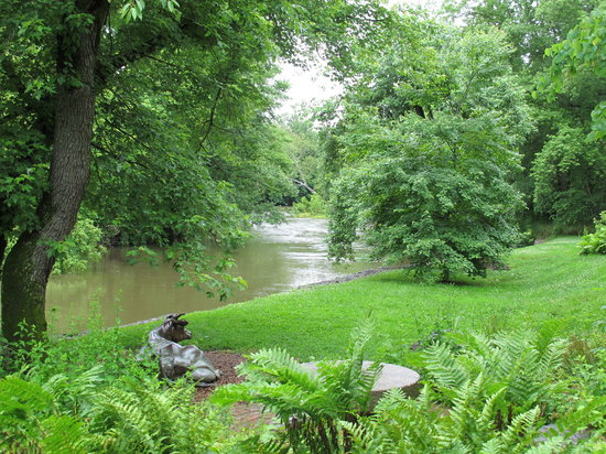 Brandywine River Museum of Art: river is high in this shot outsie the museum