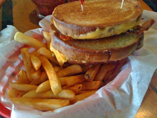 The Pit - Boardriders Grill: Delicious Grilled Cheese & Bacon with Seasoned Fries