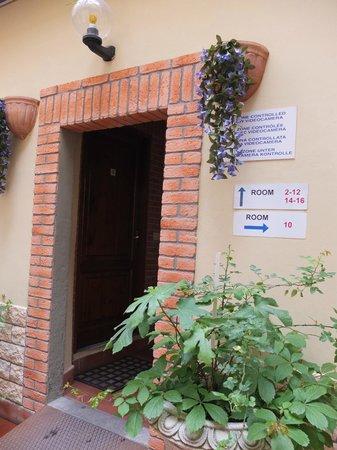 Hostel Archi Rossi: uma304303-90-