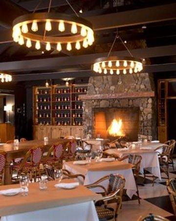 Abbondante: Dining Room