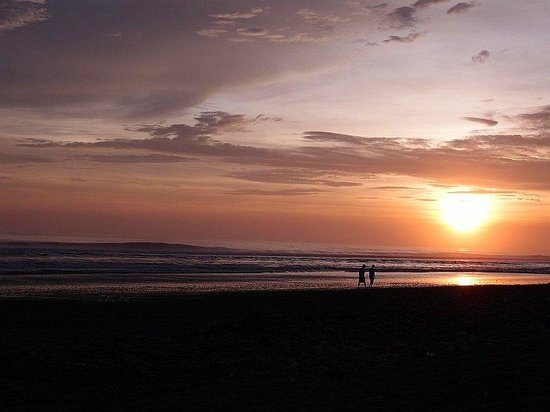 Hotel Diuwak: Beach sunset