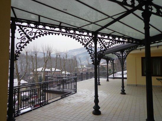 Albergo Heaven e del Benessere : Corridoio esterno per arrivare in camera