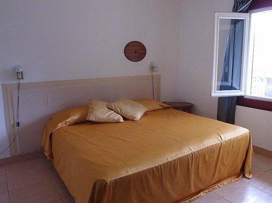 Hotel la Terraza: Bed