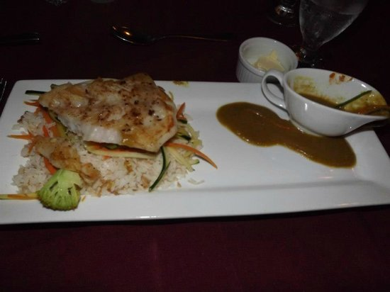 Jaguar Reef Lodge & Spa : Dinner- Red Snapper with Coconut Curry Sauce- FAV
