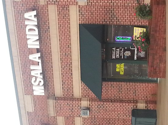 Msala India Restaurant: Outside