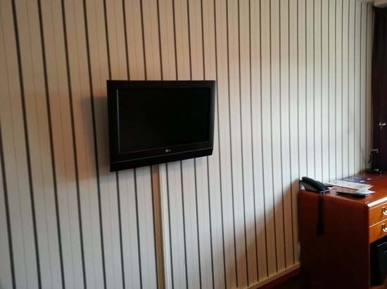 Clarion Collection Hotel Carlscrona: TV