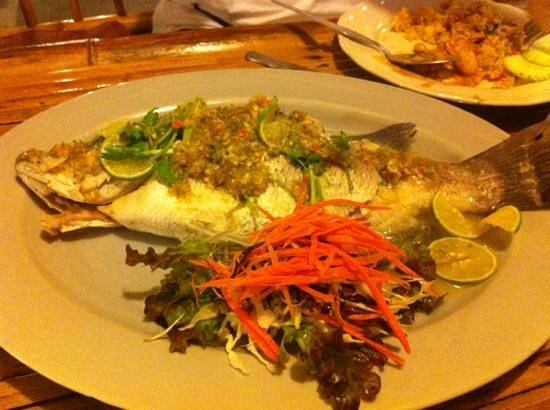 Luck Yim: Steamed fish with lime and garlic