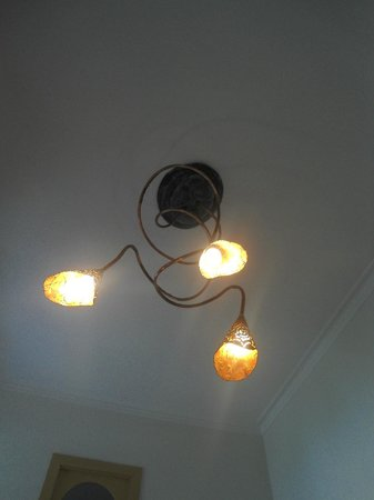 Aldebaran Bed & Breakfast: Hermosa lampara
