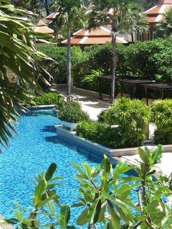 Movenpick Resort Bangtao Beach Phuket: Pool
