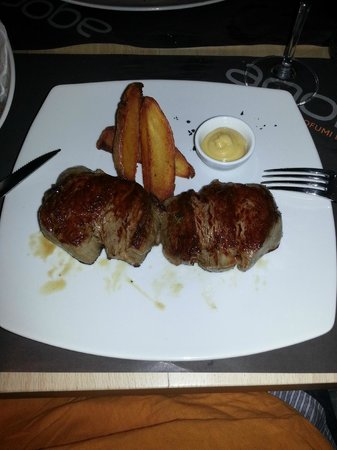 Agora' Restaurant & Bar: My fillets of beef