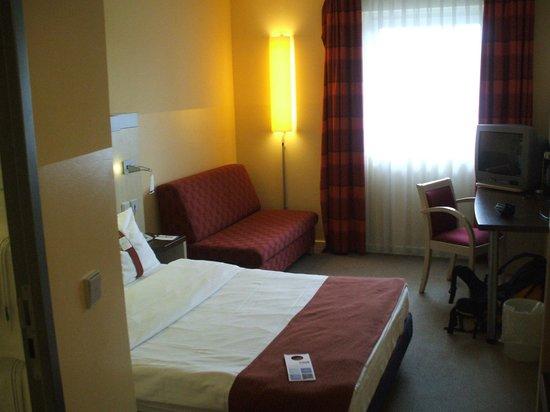 Holiday Inn Express Frankfurt-Messe: Habitación