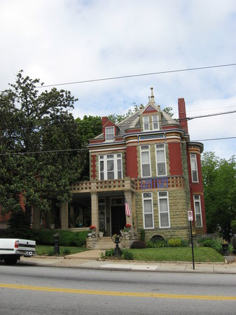 Danville Historical Society's Guided Walking Tour: Millionaires' Row Mansion