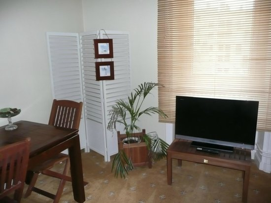 Villa Cote Cour: salon