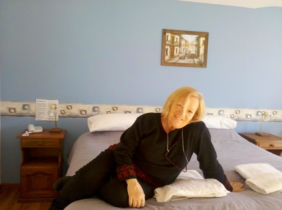 Hotel Sol Del Sur: Cómoda, cálida,  y el servicio es muy bueno