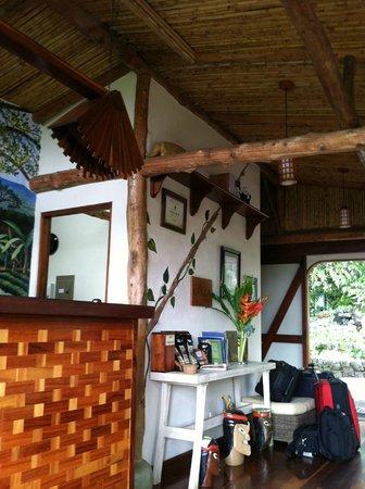 Finca Rosa Blanca Coffee Plantation & Inn: Hotel lobby