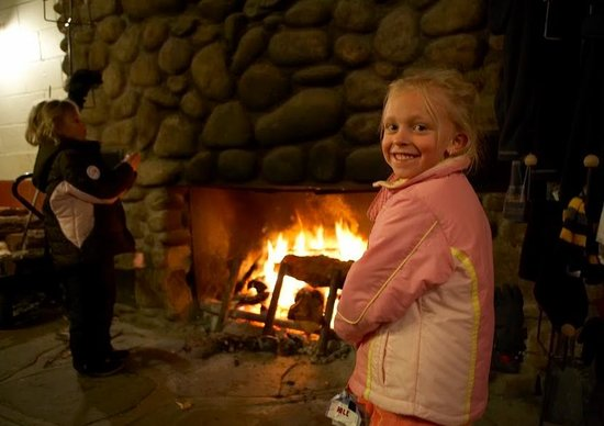 Sipapu Ski Area : Sipapu's historic lodge offers the perfect place for families to meet and warm up.
