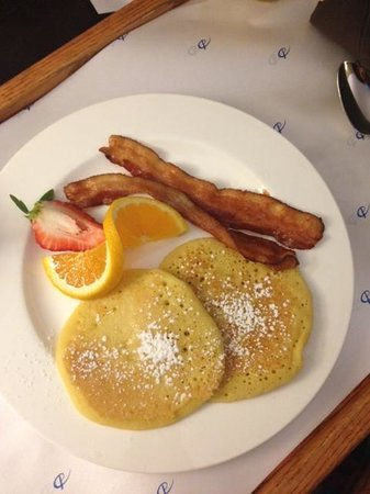 Delta Halifax: Room Service Breakfast