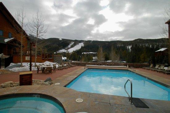 Ski Tip Townhomes: Common area pool at Dakota Lodge