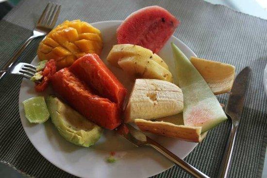 Villa Rosa: Breakfast Fruit