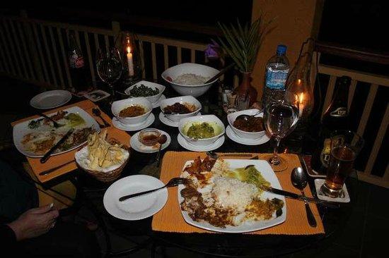 Villa Rosa: Rice & Curry