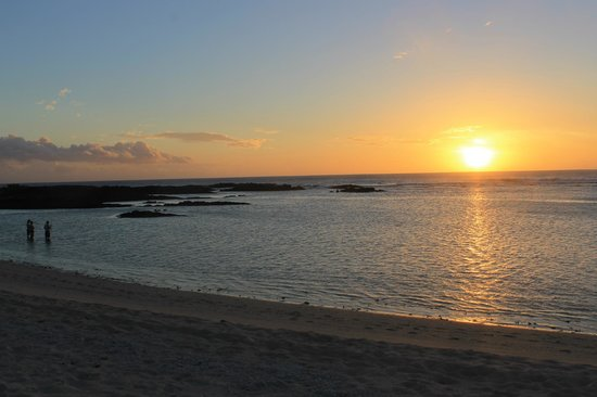 Falealupo Beach Fales: sunset