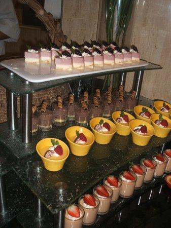 Cosmo: Desserts