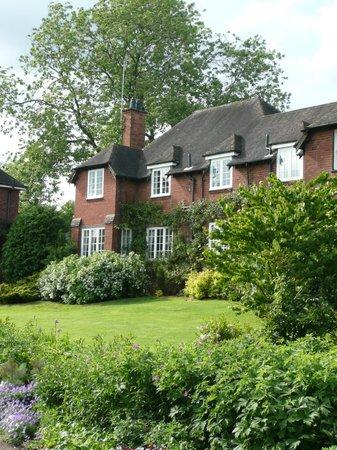 Bed and Breakfast at Woodbrooke: Holland House, Woodbrooke