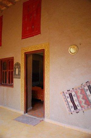 Guest House Merzouga : entrée de la chambre
