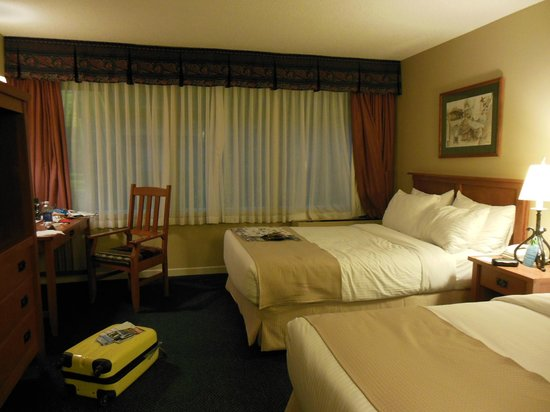 Sawridge Inn and Conference Centre Jasper: Clean & comfy!