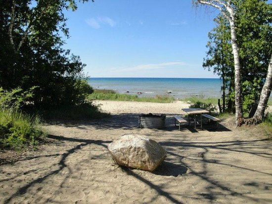 Charlevoix, Мичиган: One of the beach sites I've stayed at