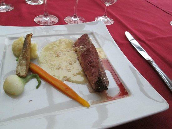 La Table du Meunier: Magret de Canard au Beurre Blanc