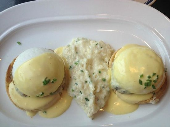 Buckhead Diner: Eggs Benedict with Chicken Basil Sauage and a cloud of soft, creamy, scallion-flavored grits