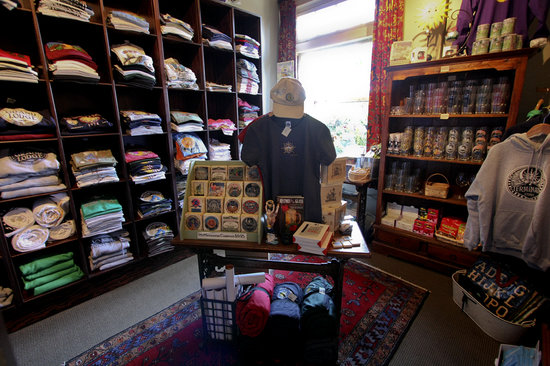 McMenamins Grand Lodge: Gift Shop